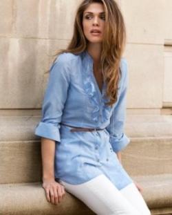 Блузки и рубашки для представительниц прекрасного пола.