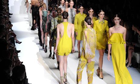 Показ мод в Милане 2013 год.